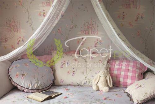 Tapet pentru fetite roz, imprimeu cu castel si zane.