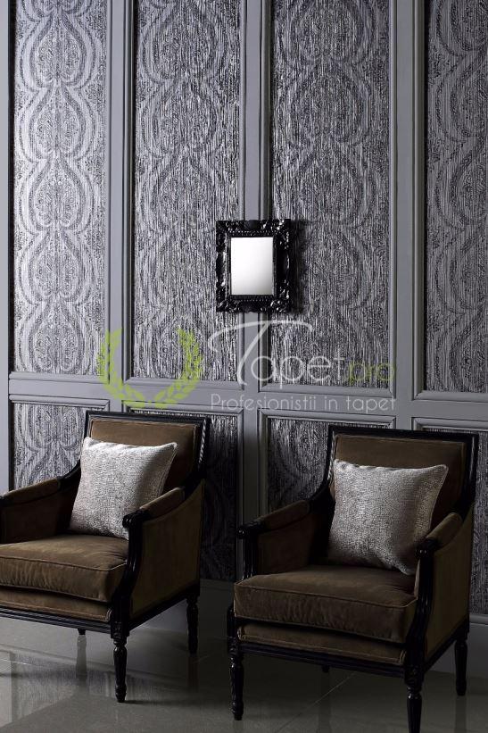 Tapet cu model oriental usor texturat gri inchis.