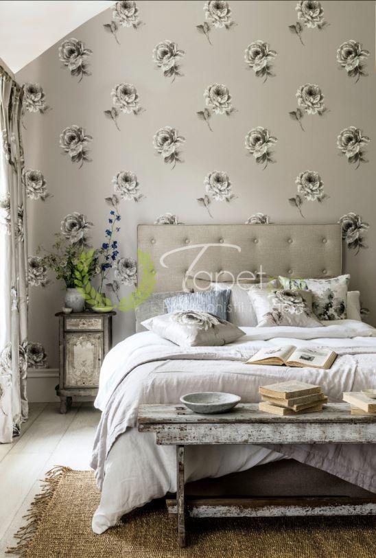 Tapet cu imprimeu schitat de trandafir clasic, nuanta argintie.